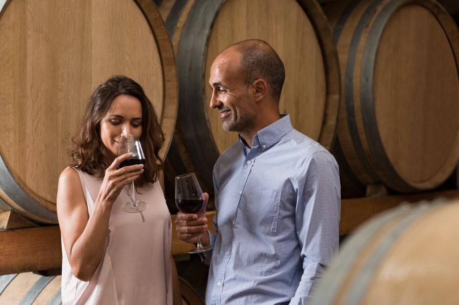 first date ideas wine tasting